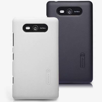 Чехол для Nokia Lumia 820 пластиковый тонкий + пленка NillKin D-Style белый