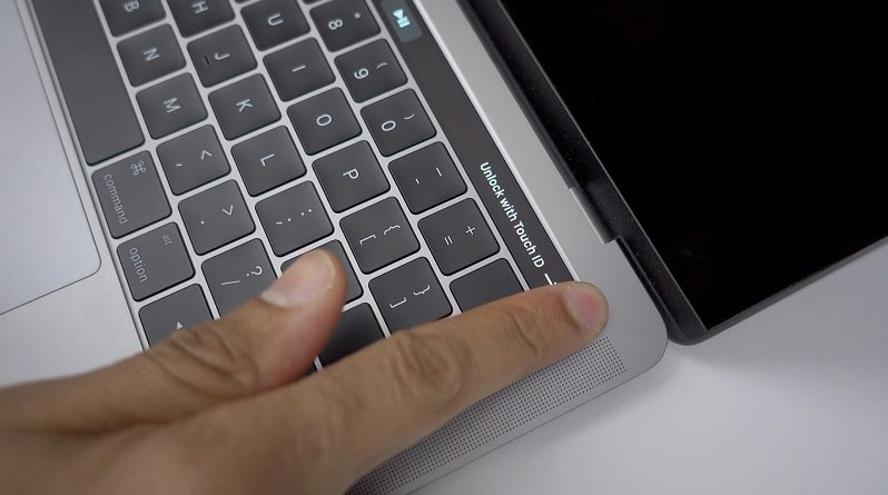 "Apple MacBook Pro 13"" Touch Bar 2020"