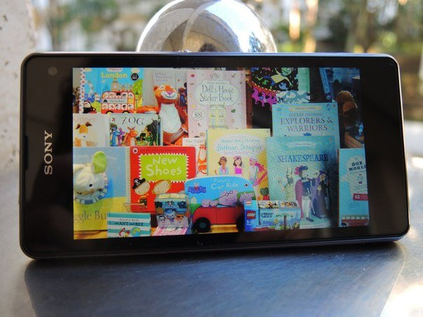 Sony Xperia Z1 Compact видео, игры